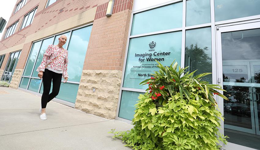 women walking into a women's imaging center