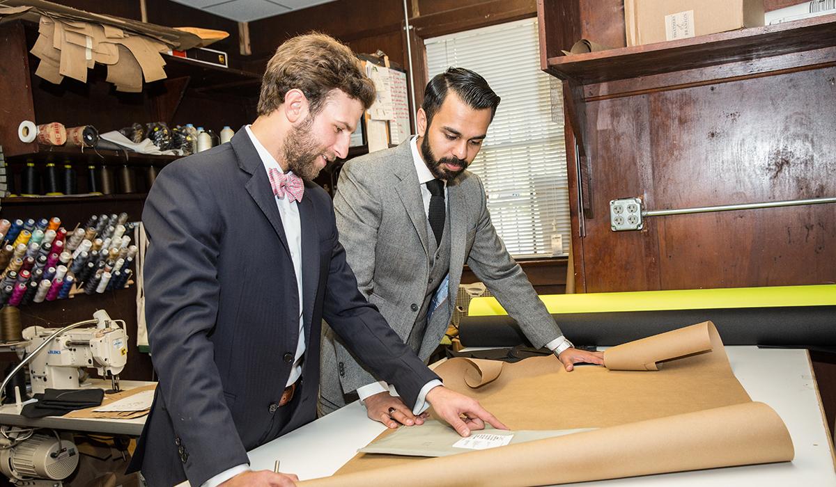 Blog-Shop-at-aspetto-become-james-bond-work-desk