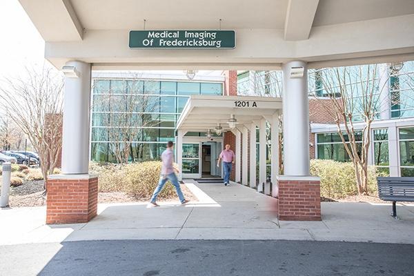 front of medical imaging of fredericksburg in virgina